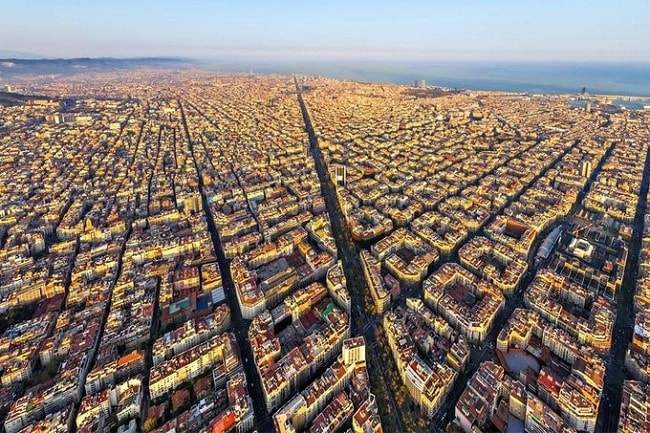 Sant Antoni opens a new residential and commercial map