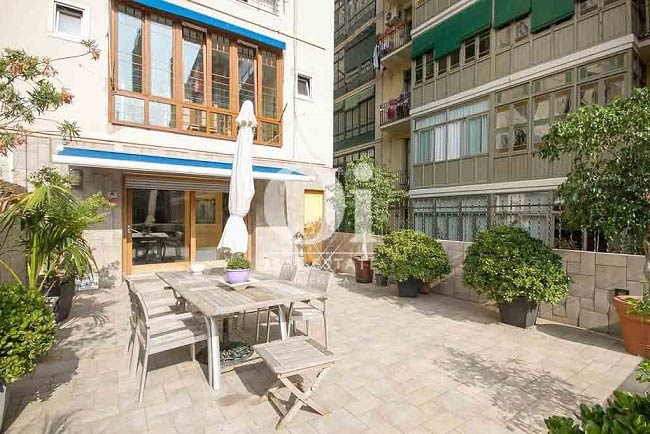 Magnificent apartment with 45 m2 terrace in Dreta de l'Eixample