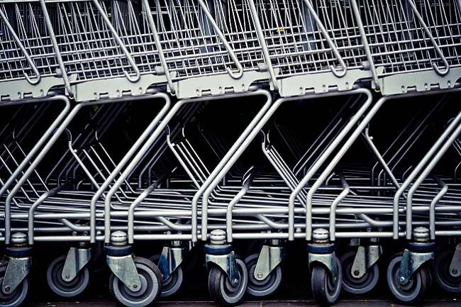 A demand on commercial distribution establishments will mark a record in 2016