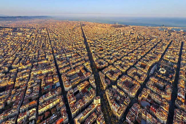Barcelona city planning faces new pedestrianization projects